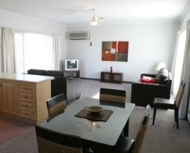 Barham Golden Rivers Holiday Apartments - C Tourism