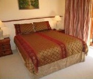 Cream Gables Bed and Breakfast - C Tourism