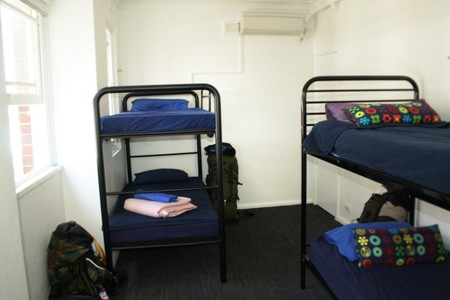 Zing Backpackers Hostel - C Tourism