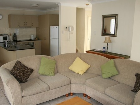 Pacific Sun Gold Coast Holiday Townhouse - C Tourism