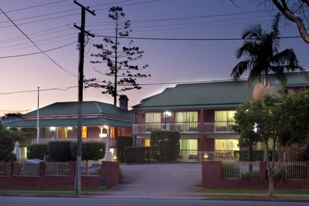 Aabon Holiday Apartments  Motel - C Tourism