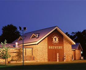 Potters Hotel And Brewery - C Tourism