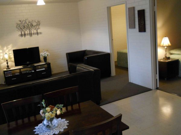 BJs Short Stay Apartments - C Tourism