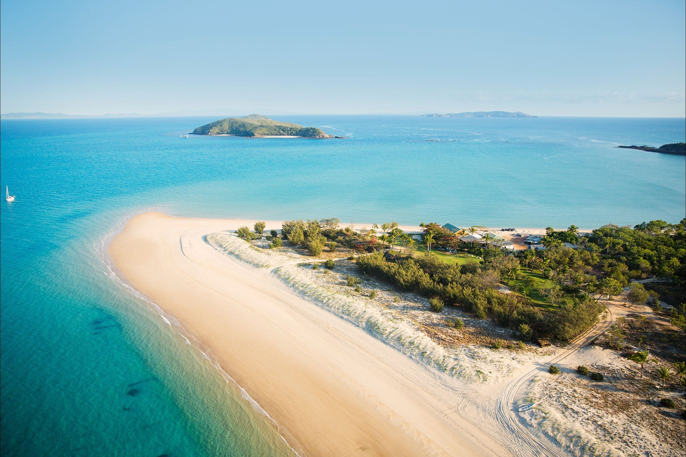 Great Keppel Island Hideaway - C Tourism
