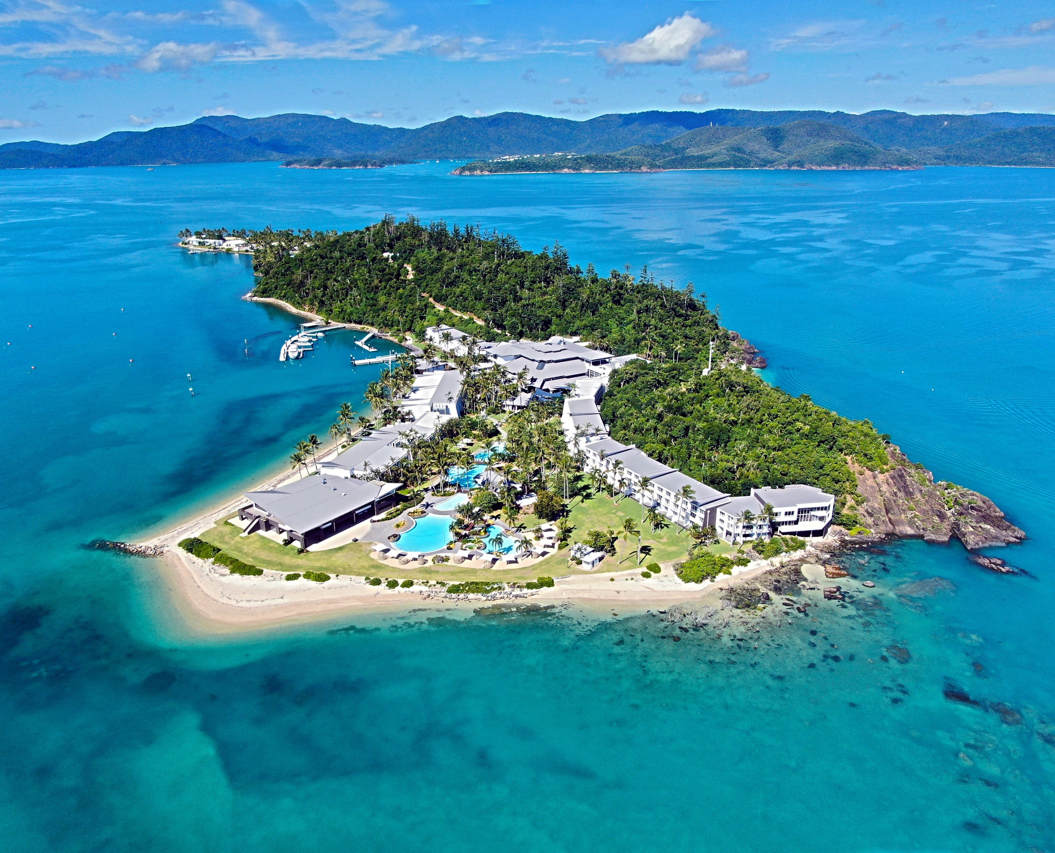 Daydream Island Resort and Living Reef - C Tourism