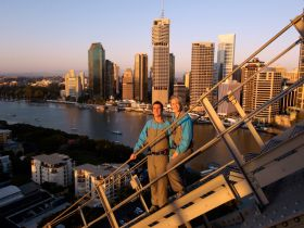 Story Bridge Adventure Climb - C Tourism