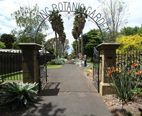 Friends of Geelong Botanic Gardens - C Tourism