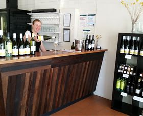 Billy Button Wines - C Tourism