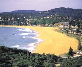 Avoca Beach - C Tourism
