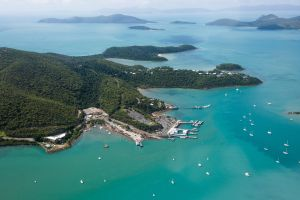 Shute Harbour - C Tourism