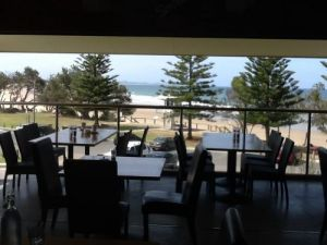 Fat Fish Beachfront Bistro - C Tourism
